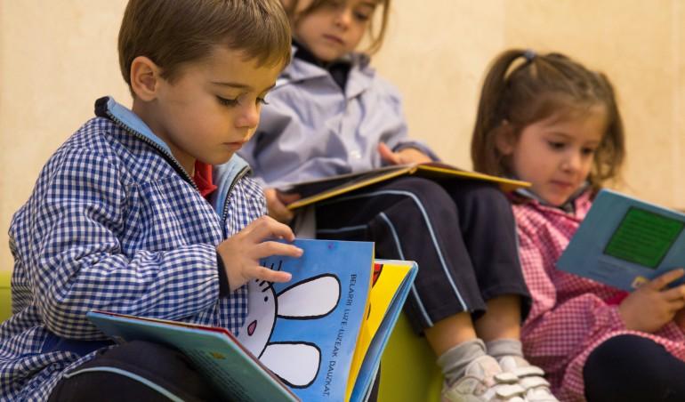 Aprendiendo a leer y escribir en educación infantil en Urdaneta